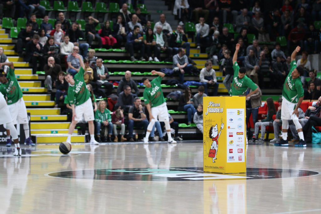 Match de basket Pièces Jaunes à l'ASVEL
